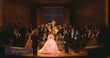 """Traviata"" Giuseppe Verdiego w reżyserii Richarda Eyre'a, fot. Royal Opera House, 2009 r."