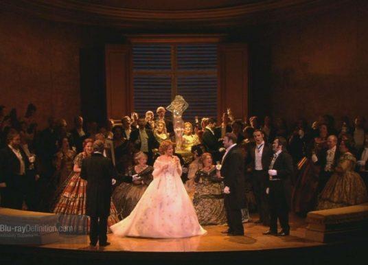 """""""Traviata"""" z Londynu w TVP Kultura"""