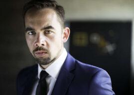 """Adam Palka jako Mefistofeles w premierze online """"Fausta"""" w Wiener Staatsoper"""